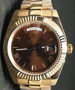 Replica horloge Rolex Day-Date 01 (40mm) 228235/ Chocolate /Gold/Goud/ Automaat/saffierglas/Romeinse cijfers/President band