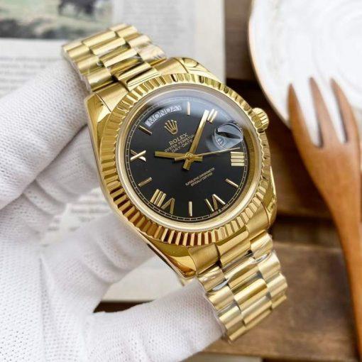 Replica horloge Rolex Day-Date 03 (40mm) 228235 Zwarte wijzerplaat (Gold) Romans (President band) Automatic