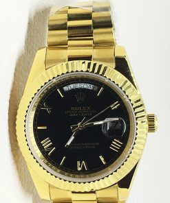 Replica horloge Rolex Day-Date 03 (41mm) Zwarte wijzerplaat (Gold) Romans (President)