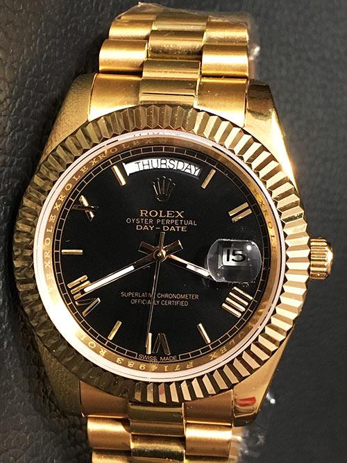 Replica horloge Rolex Day-Date 03 (41mm) Zwarte wijzerplaat (Gold) Romans (President)