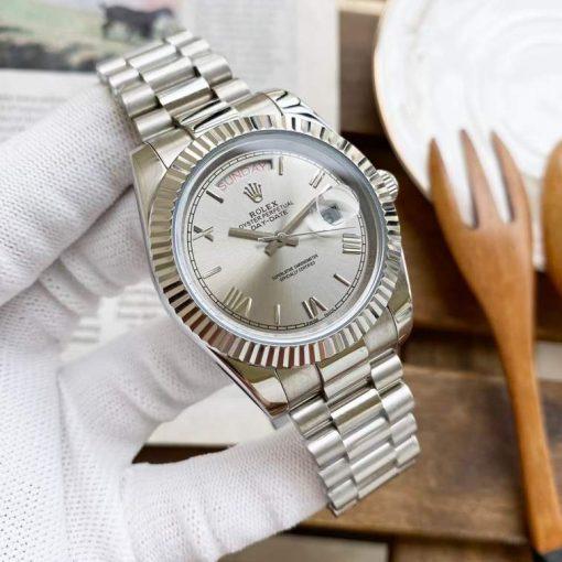 Replica horloge Rolex Day-Date 20 (40mm) 228239 President band (Zilvere Grijze wijzerplaat) Automatic