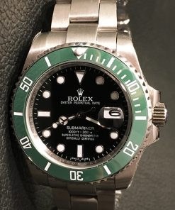 Rolex Submariner 02/2 (41mm) 126610LV Oysterband Groene bezel / Zwarte wijzerplaat [model 2020] Automatic