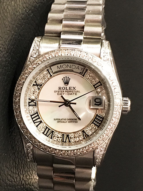 Replica horloge Rolex Day-Date 25 (36mm) Full Diamonds (Witgoud)
