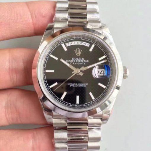 Replica horloge Rolex Day-Date 15/1 (40mm) 228206 Zwarte wijzerplaat(President band) white gold Automatic